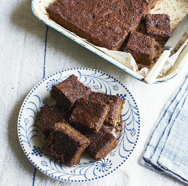 Sticky parkin recipe country living magazine uk for Country living magazine recipes