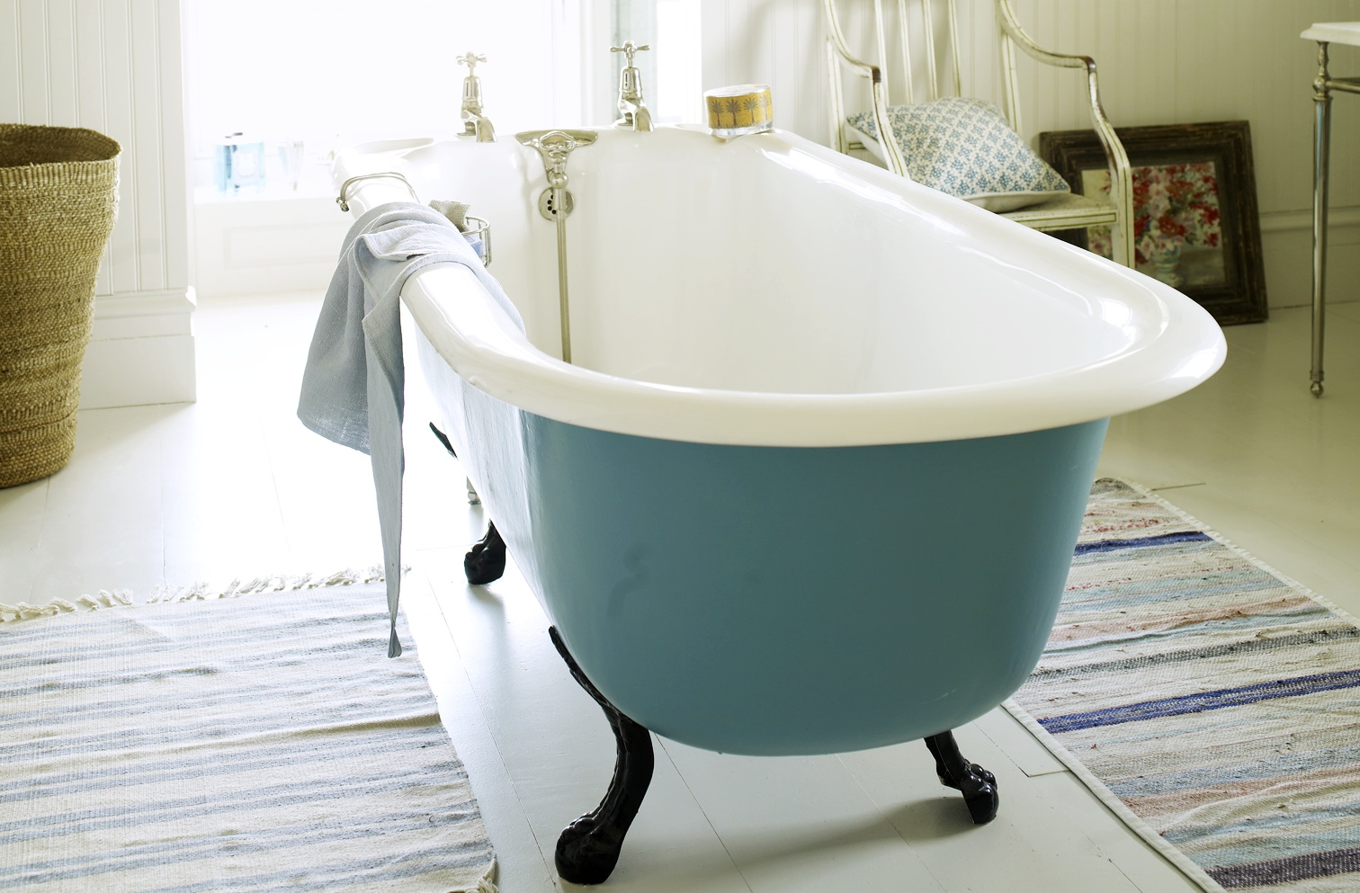 Freshen Up A Bathroom Country Living Magazine Uk