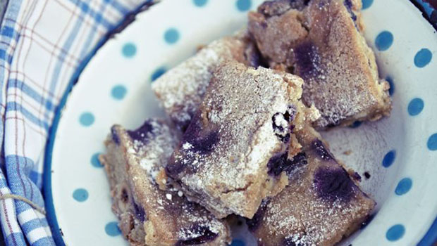 Blueberry and hazelnut blondies